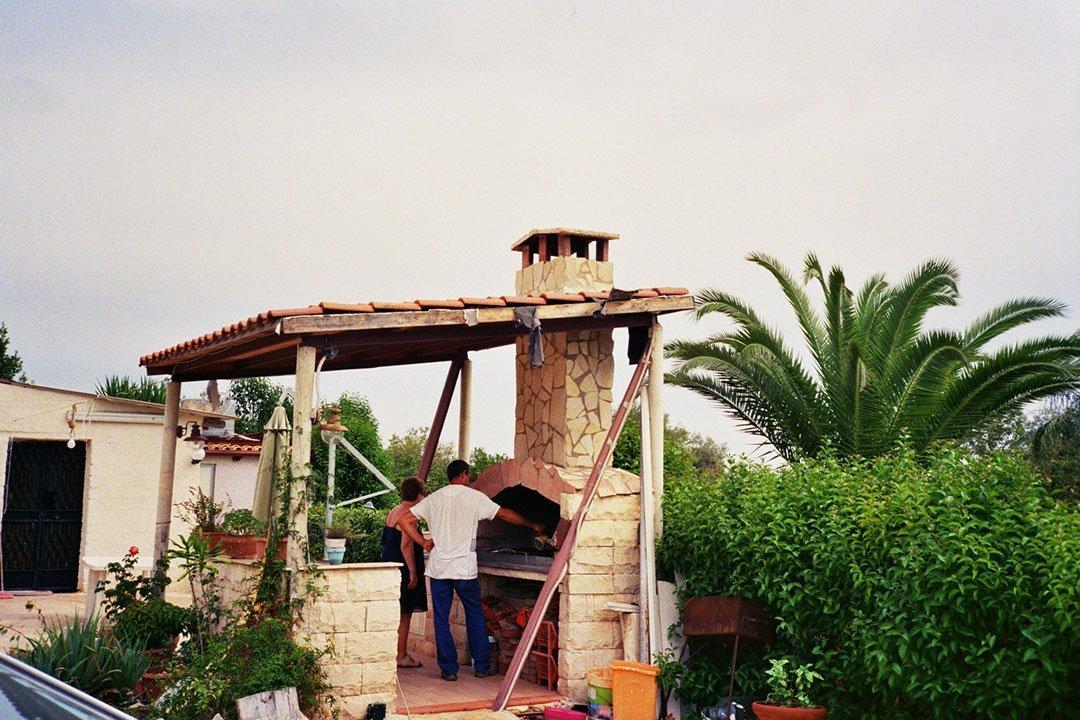 andrew tralongo film photography siciliy bbq